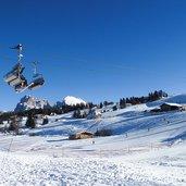 1371219314D-1102-seiser-alm-panorama-lift-winter.jpg