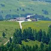 D-0460-seiser-alm-williamshuette-bergstation-florian-lift.jpg