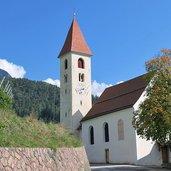 D-Voels-am-Schlern-Oberaicha-Kirche-3620.jpg