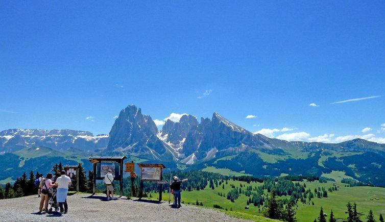 Seiser Alm Panorama Tour - Wanderung Auf Der Seiser Alm Mit Panoramablick